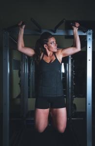 Muskelzerrung der Brust nach Training